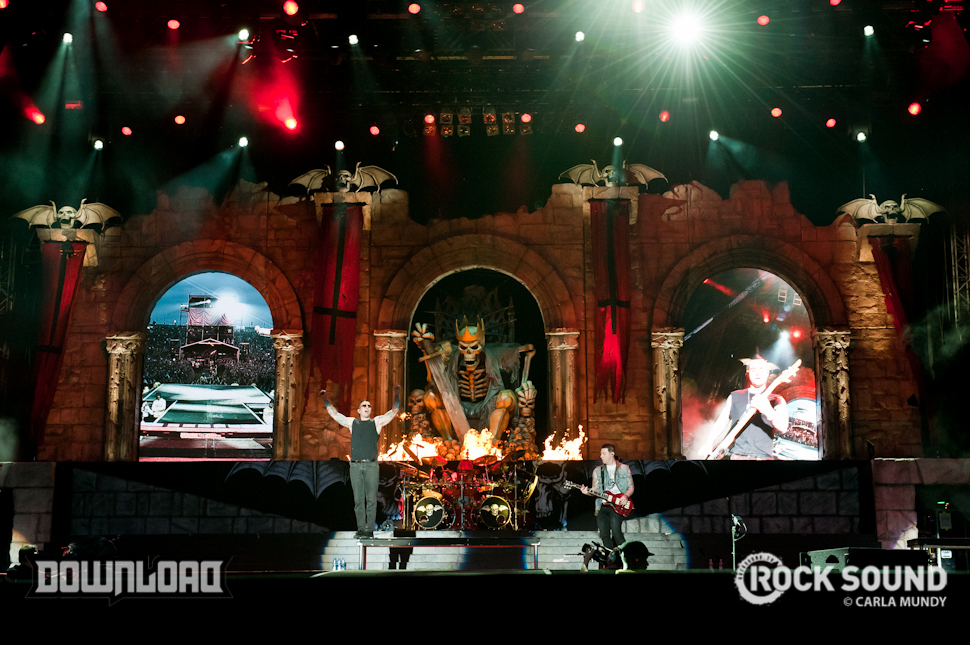Hail To The Kings! Avenged Sevenfold Clean Up At Download - Photos