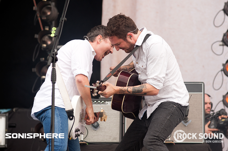 Frank Turner gets his rock on the main stage