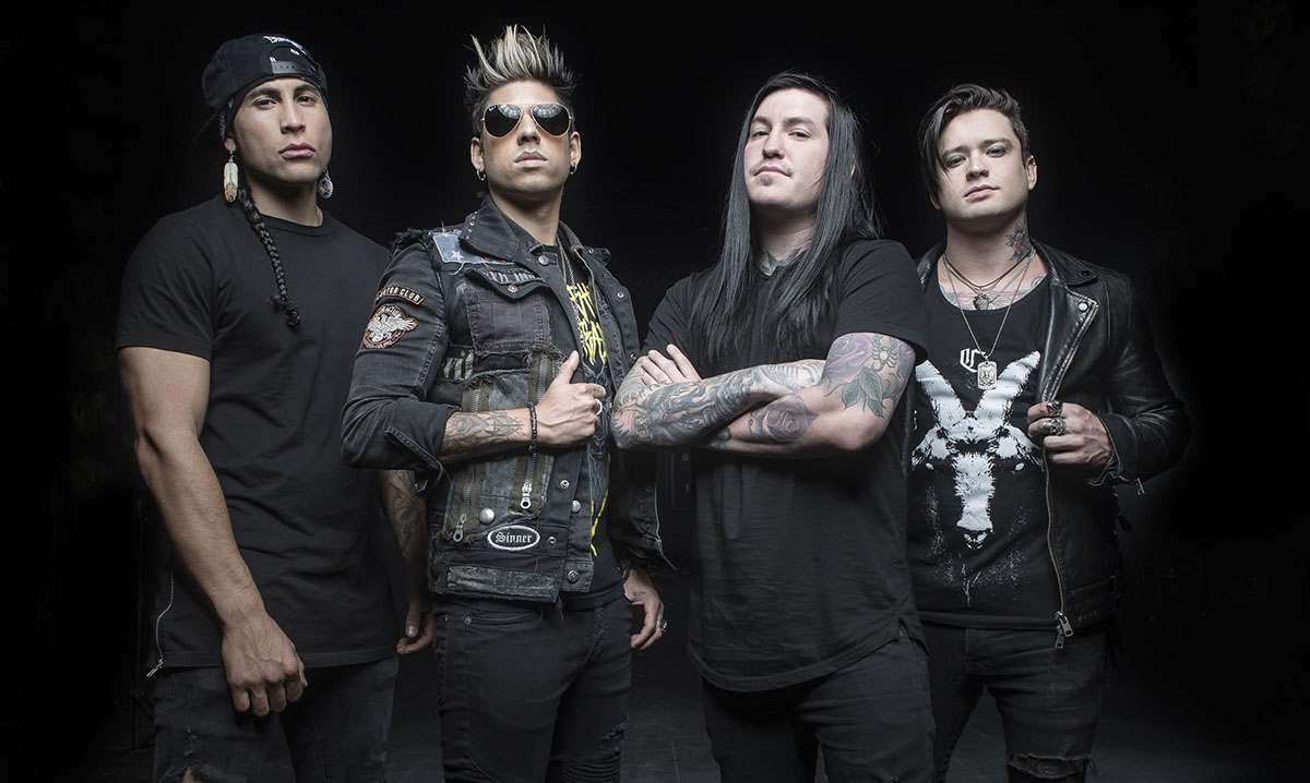 Escape The Fate S Craig Mabbitt It Kind Of Felt Like We Lost The Magic Of Writing Music Features Rock Sound Magazine