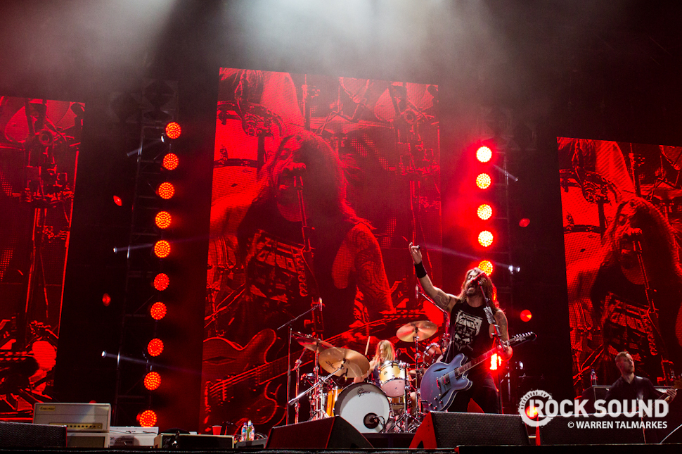 Foo Fighters performing at Cape Town Stadium, December 10, 2014 / Photo credit: Warren Talmarkes