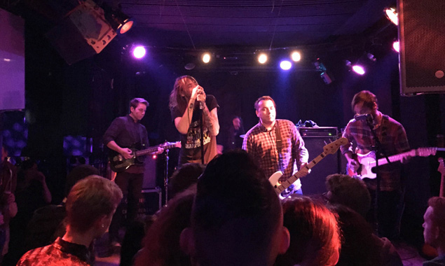 Lonely The Brave's Gavin 'Mo' Edgeley Reviews Pianos Become The Teeth In Amsterdam