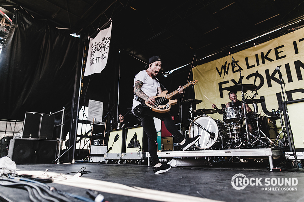 Sleeping With Sirens, Vans Warped Tour 2016 // Photo credit: Ashley Osborn