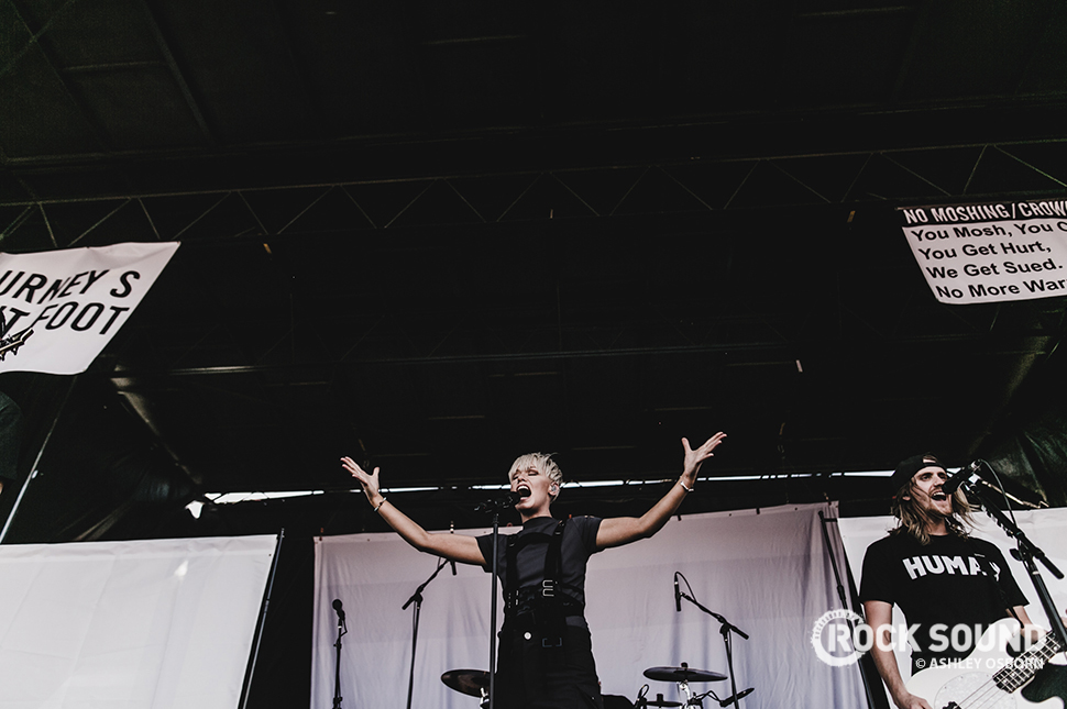 Tonight Alive, Vans Warped Tour 2016 // Photo credit: Ashley Osborn