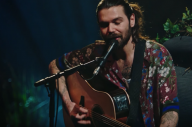 Biffy Clyro Drop New 'MTV Unplugged' Version Of 'Black Chandelier'