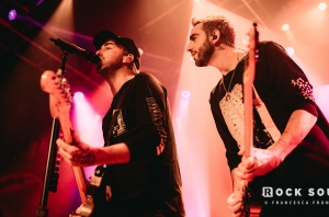 GALLERY: The Best Photos Of All Time Low's 10th Anniversary Show You'll See Today. Nothing Personal.