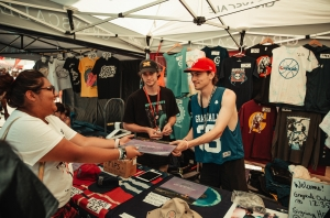 Grayscale: A Day In The Life On Warped Tour