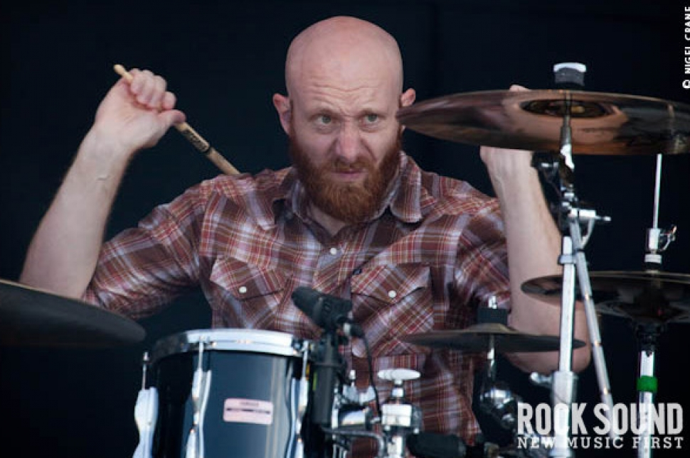 Download 2010: Killswitch Engage Live And Loud