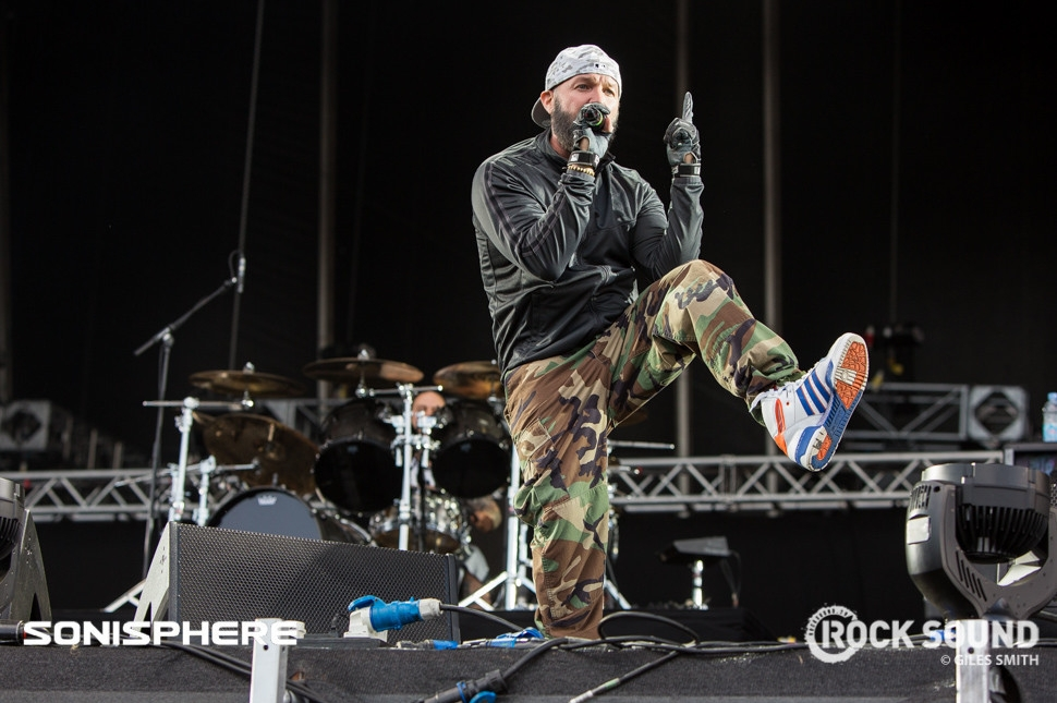 Fred Durst took a moment to show off his new kicks at Soni...
