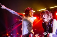 19 Photos Of Asking Alexandria Hitting Warped UK HARD