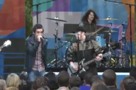 10 Years Ago Brendon Urie Joined Fall Out Boy On Stage For A Surprise 'America's Suitehearts' Collab