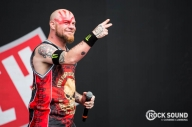 "Here's How ""Underdogs"" Five Finger Death Punch Did At Reading Festival"
