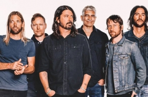 "Taylor Hawkins On New Foo Fighters Music: ""I Think We'll Have A New Record By Next Year"""