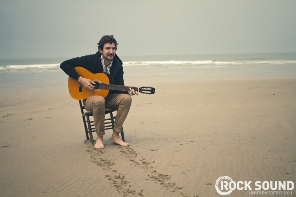 Behind The Scenes: Frank Turner On Set