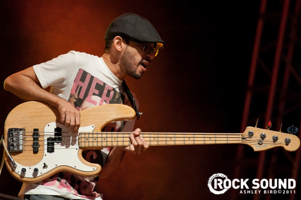 Reading And Leeds Festival 2011 Live And Loud: Glassjaw