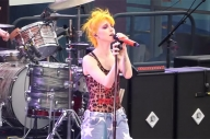 Watch Hayley Williams Guest With New Found Glory, CHVRCHES + More