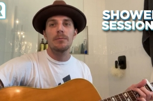 The Maine's John O'Callaghan Covers 'Stacy's Mom' By Fountains Of Wayne - Shower Sessions