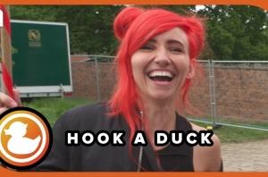Lights Does Our 'Hook A Duck' Interview - Festival Funfair