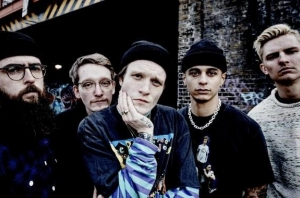 LISTEN: Neck Deep's Beautifully Romantic New Single