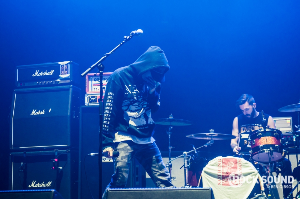 nothing,nowhere., London Brixton Academy, December 03 // Photo: Ben Gibson