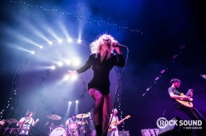 Here's 23 Photos Of Paramore + mewithoutYou Doing Their Thing In London
