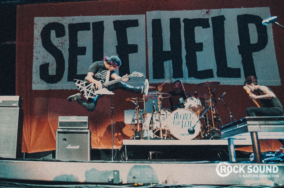 Pierce The Veil, Self Help Festival Detroit, October 07 // Photo credit: Kaitlyn Johnston