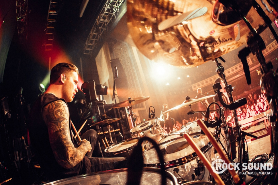 Sleeping With Sirens perform on the Pomona date of The World Tour / November 2014