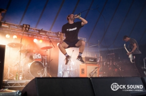 See ROAM Jump, Flip And Bounce Through Their Reading Festival Set