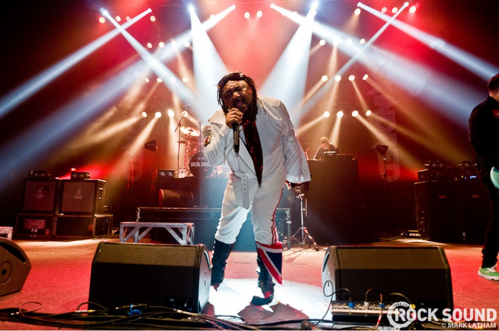 Live And Loud: Skindred