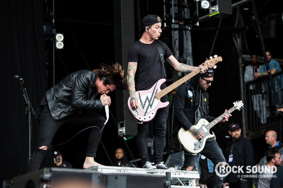 Sleeping With Sirens, Reading Festival 2016, August 28 // Photo credit: Corinne Cumming