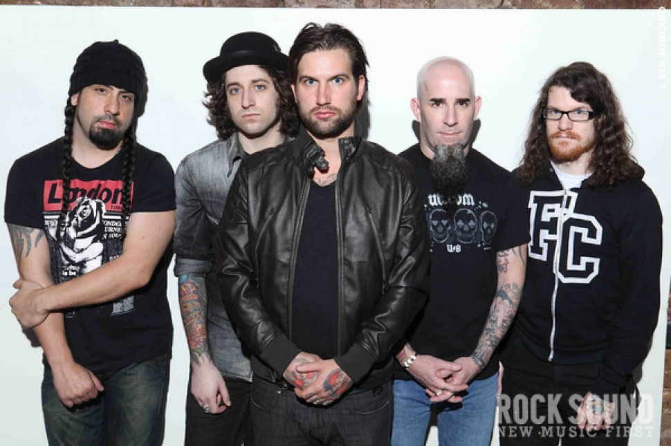 Cover Outtakes: The Damned Things