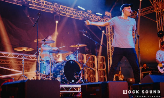 10 Photos Of The Plot In Your Opening Up Their Slam Dunk Festival Stage In Style