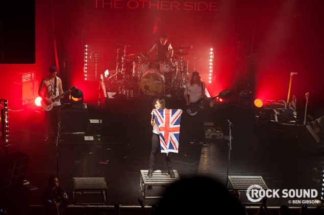 "Tonight Alive In London: ""A Triumphant, Lung-Bursting Tribute To 'The Other Side'"""