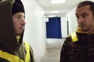 Watch Twenty One Pilots Prepare On Stage In New 'Banditø Tour' Diary