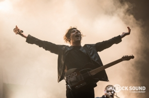 12 Photos Of Twin Atlantic Soaring At Reading Festival