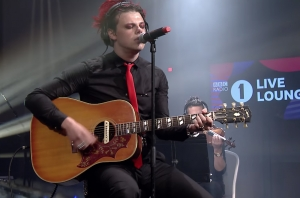 WATCH: Yungblud Cover Taylor Swift, With A Dash Of Avril Lavigne, For Radio 1's Live Lounge